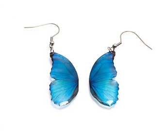 Blue morpho small butterfly wing earring looks like real butterfly. Comes in a gift box.