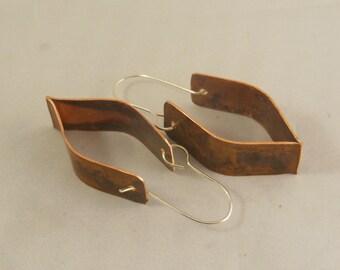 Copper form folded earrings