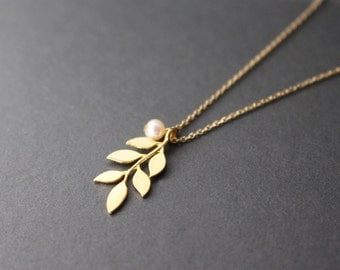 Leaf necklace - gold Leaf necklace