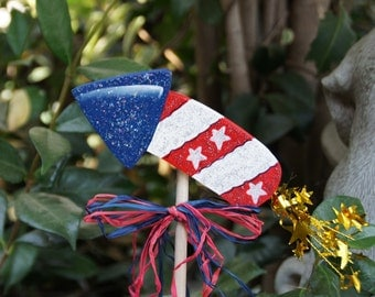 Firecracker Plant Poke Stick - 4th of July Wood Garden Sign Decoration