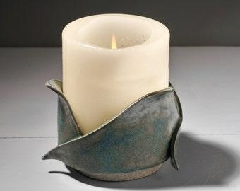 Sculptural candle holder, candle stand, tea light holder, ceramic, unique gift, CND/T001