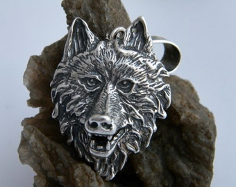 Howling Wild Wolf Head Masive Oxidized .925 Sterling Silver Pendant