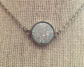 "16"" White Metallic Faux Druzy Pendant Necklace"