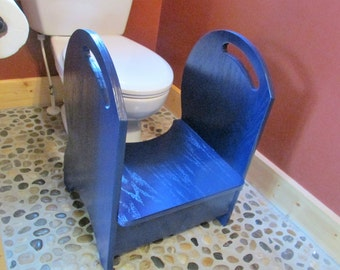 Deluxe Wood Potty Step Stool (Navy blue)