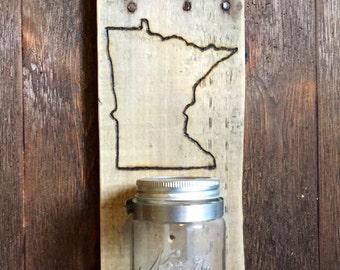 Wall mounted 'Sota opener with mason jar cap catcher