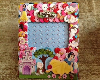 Snow White Themed Button Picture Frame
