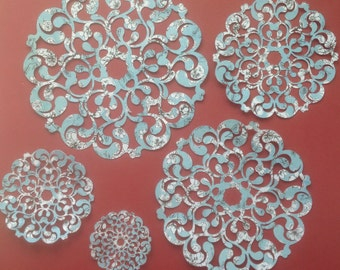 Delicate Die-cut Card Stock Doilies - Set of 9