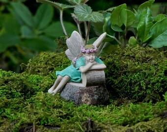 Fairy Garden Fairy Sleeping, Figurine, Miniature Garden Accessories, Mini  Garden Accessory, Terrarium