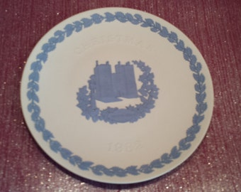 Jasperware Christms Plate for PA House 1982