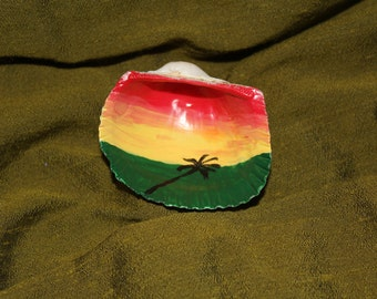 Hand painted magnet shell