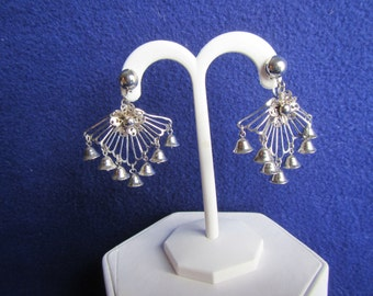 vintage  DANGLE EARRINGS ; Screw on Earrings, Silver tone with 7 bell shapes.**  Jewelry
