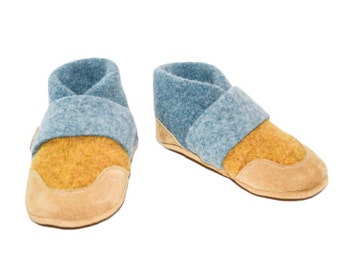 Toddler Wool Slippers, Leather Bottoms, Baby Booties, Wool Baby Slippers, Eco-Friendly.  Sizes: 0-12M, 6-18M & 12-24M