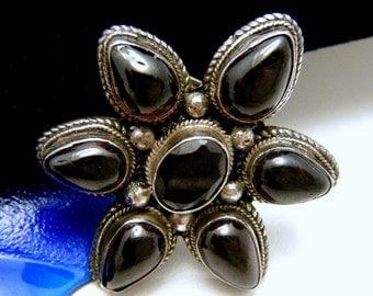 Vintage Sterling Silver Garnet Cabochon Brooch Pin
