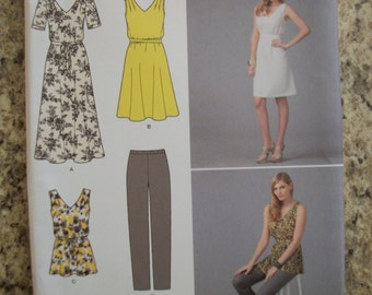 Simplicity 1810 Misses A(XXS-XXL) pullover dress in 2 lengths or tunic and pants