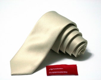 SKINNY or REGULAR Tie (2 or 3 inch wide) in Champagne