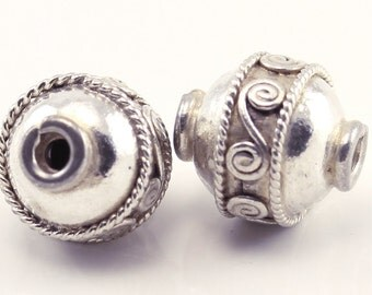 2 (two) 9 mm x 8 mm Bali Sterling Silver 925 Beads , hand made in Bali, Indonesia