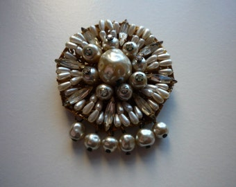 Vintage Original By Robert Large Faux Pearl Rhinestone Baguettes Gold Tone Pendant Brooch Pin