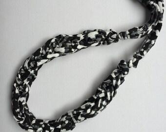Jersey necklace | textile necklace