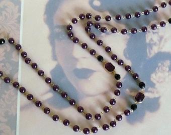 Lavish Deep Purple Flapper Necklace