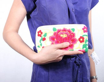 White Floral Wallet Fair Trade - Thailand (005W)