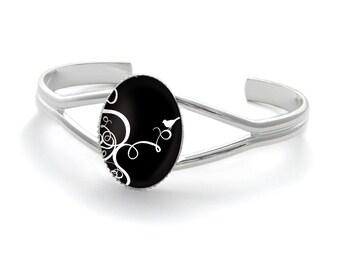 Humming-bird bracelet