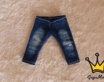 Lati Yellow dark blue jeans