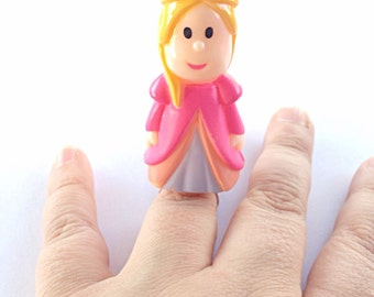 Pretty pink toy princess ring