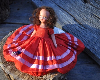 Roses are Red Violets are Blue #23, Nancy Ann Story Book Doll, 1940's