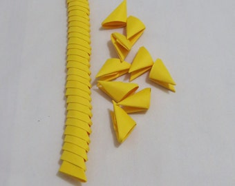 250pcs Folded paper, 3D Origami Triangles, Modular Pieces, Yellow Color Paper