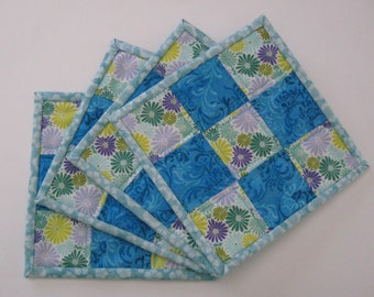 Quilted Mug Rugs, mug rugs, quilted coasters, coasters, patchwork coastes, patchwork mug rugs