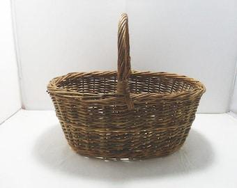 Twig Gathering Basket / Vintage Oval Gathering Basket With Handle