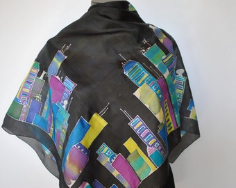 Vintage HANDMADE hand dyed , hand rolled silk scarf , NEW YORK print on...(068)