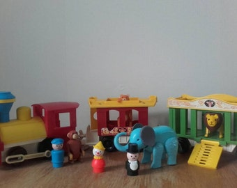 Vintage FISHER PRICE circus train | Little people | almost complete set | 991