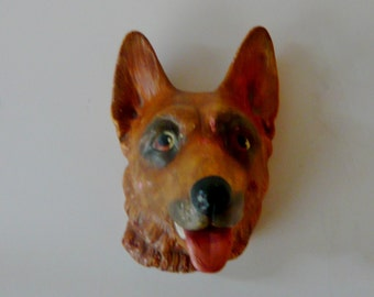 Chalkware Dog Wall Hanging Made in England 8-69