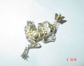 Vintage Whimsical Frog & Butterfly Pin Brooch