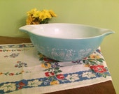 Vintage Pyrex Amish Butterprint Cinderella #444 Bowl 4 Quart Turquoise and White
