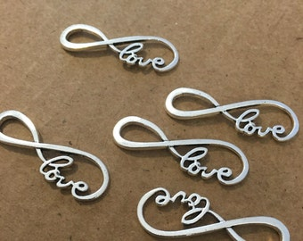 Love link charms (10 pieces)