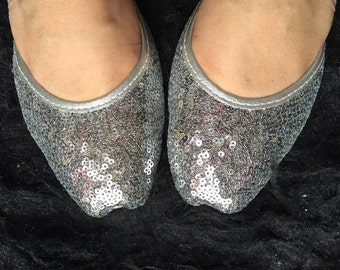 Silver Bridal Shoes wedding shoes silver Asian shoes with beaded sparkles Indian shoes Modern shoes flat bridal shoes by Sami