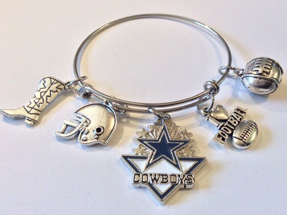 handcrafted nfl dallas cowboys charm bracelet by the2randies. Black Bedroom Furniture Sets. Home Design Ideas