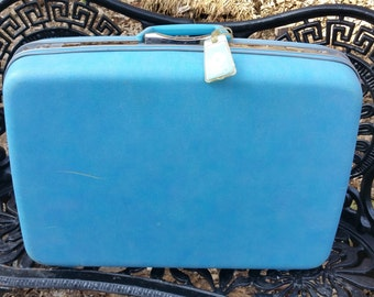 "Samsonite Silhouette 24"" Bright Blue Hard Side Suitcase"