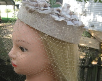 1950's Pillbox Hat, Beige Silk Flowers And Netting, Beige 1 3/4 Inch Pillbox, Ladies Accessory,L Ladies Formal Hat.