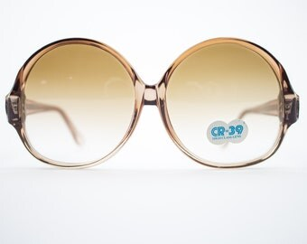 Vintage Sunglasses | Round Oversize Clear Brown Sunglasses | 1970s Deadstock - 1070 Brown