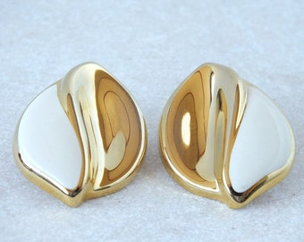 Vintage Gold Tone and Cream Enamel Leaf Earrings - Post