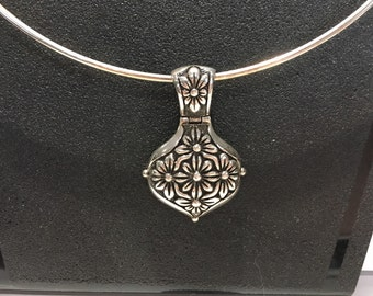 Sterling Silver Floral Pendant Choker Necklace