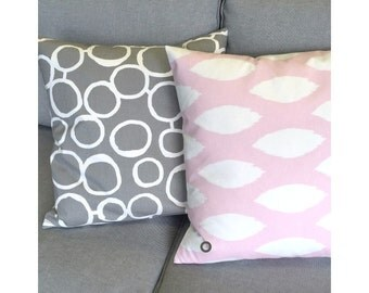 Cushion cover 40 x 40 cm Pink White CHIPPER Ikatmuster