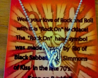 Rock On Necklace  N10374