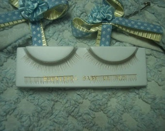 UpPeR LoWeR BLoNdE EyELAsHeS REBORN DOLL SUPPLIES