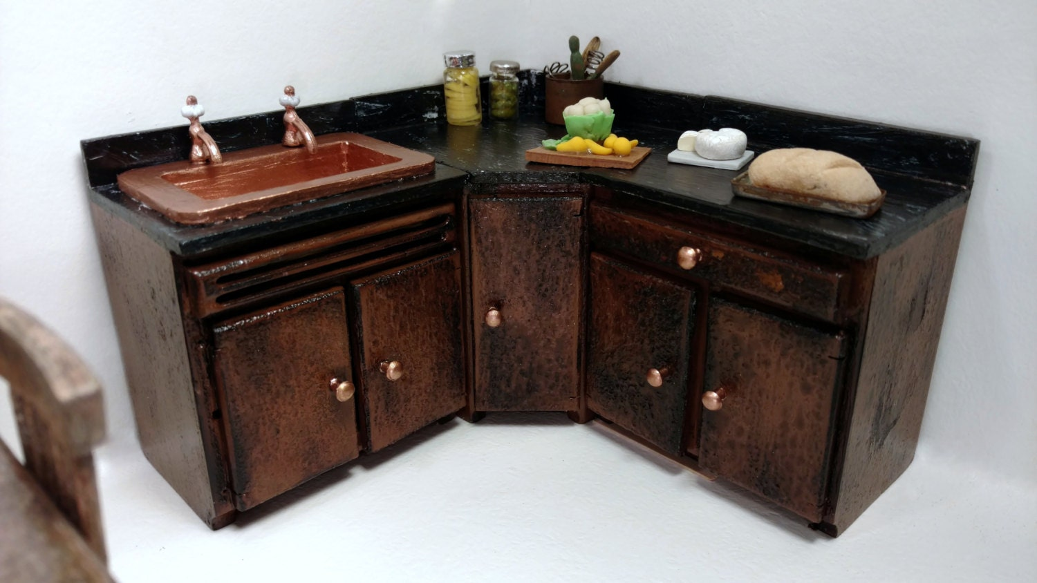 Dollhouse Kitchen Cabinets 1:12 Scale Item 17390