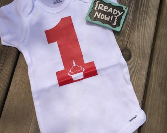12 Month onesie -> { READY to ship NOW } - 1st Birthday Cupcake