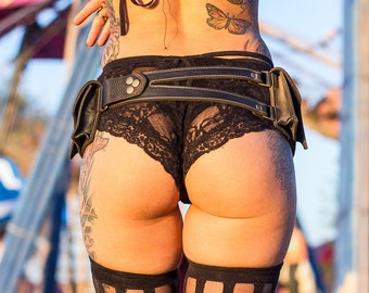 "Pocket Belt ""Orthrus"" Black Leather Utility Belt - Festival Belt - Fanny Pack - Leather Utility Belt - Burning Man - Steampunk Belt - Festie"